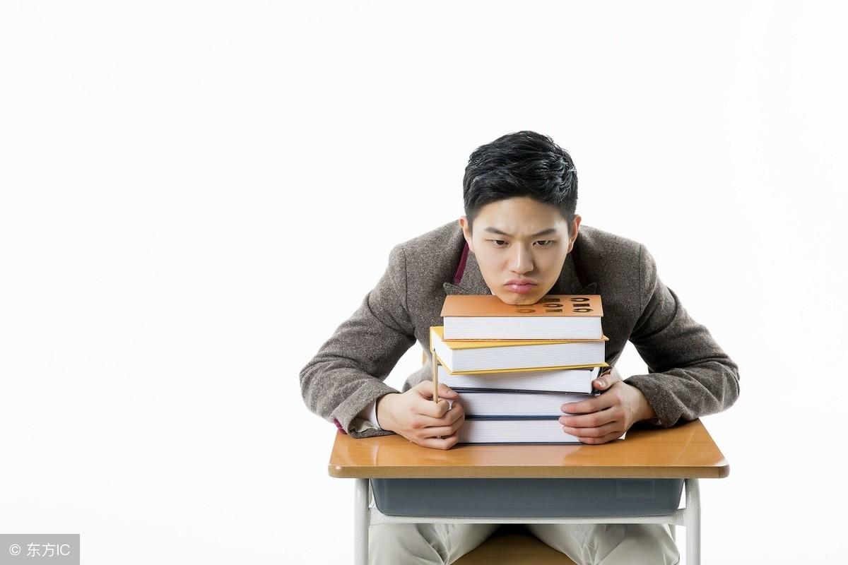 高一学生成绩严重下滑,厌学情绪严重怎么办?