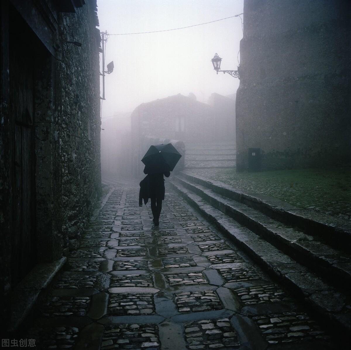 当你熬过孤独的时候 你再也不会期待任何人