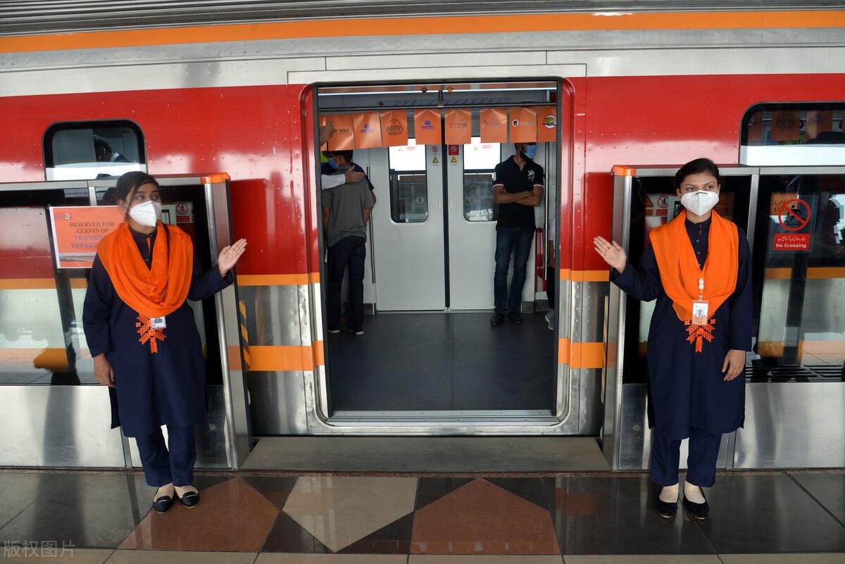 """""""中国造""""巴基斯坦首条地铁运营,成南亚最先进城市轨道交通"""