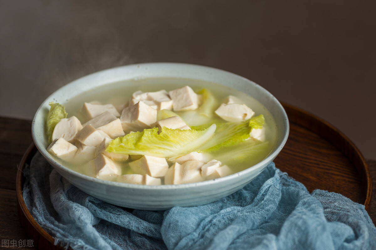 白菜燉豆腐,先放白菜還是先放豆腐? 大廚教你正確做法,鮮香入味