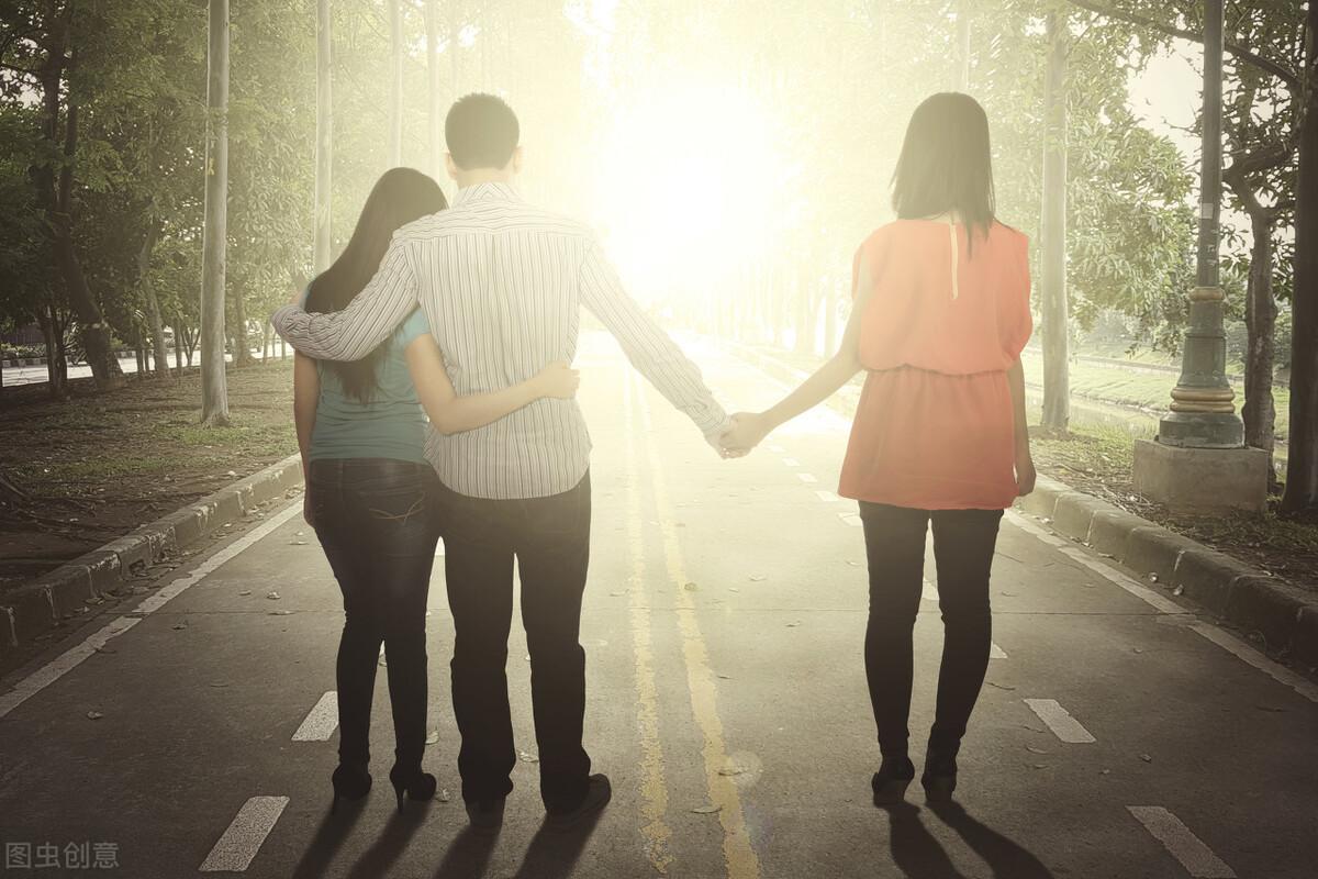 婚内出轨怎么界定出轨(什么属于婚内出轨)
