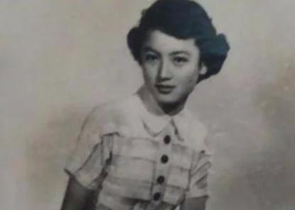 """她是上海滩第一舞女,被人骂""""女汉奸""""抗战胜利,才知她是真英雄"""