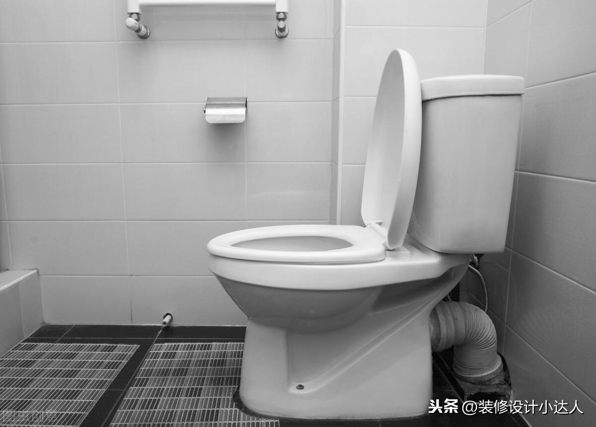家里的暗卫让我烦躁,跟着别人学了几招,现在的卫生间:香