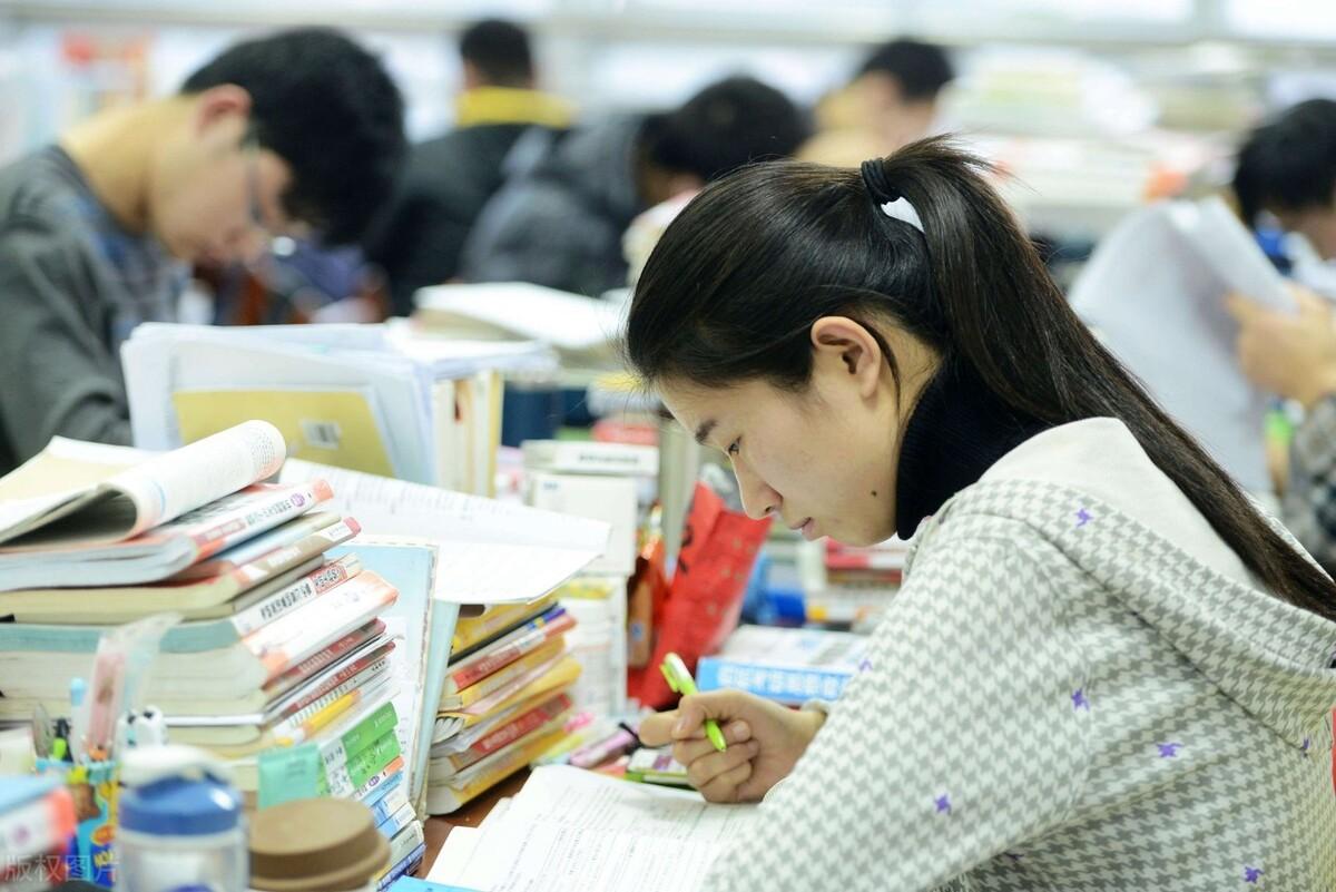 考研报考,你知道如何选择学硕VS专硕,院校、专业及导师吗?