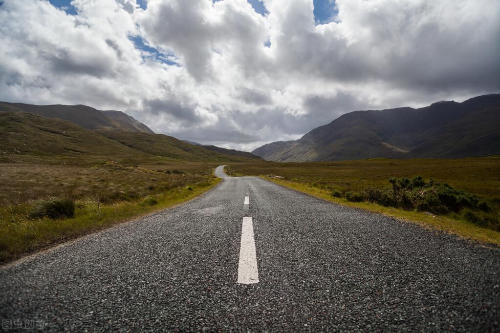 国内十条最适合自驾游的线路