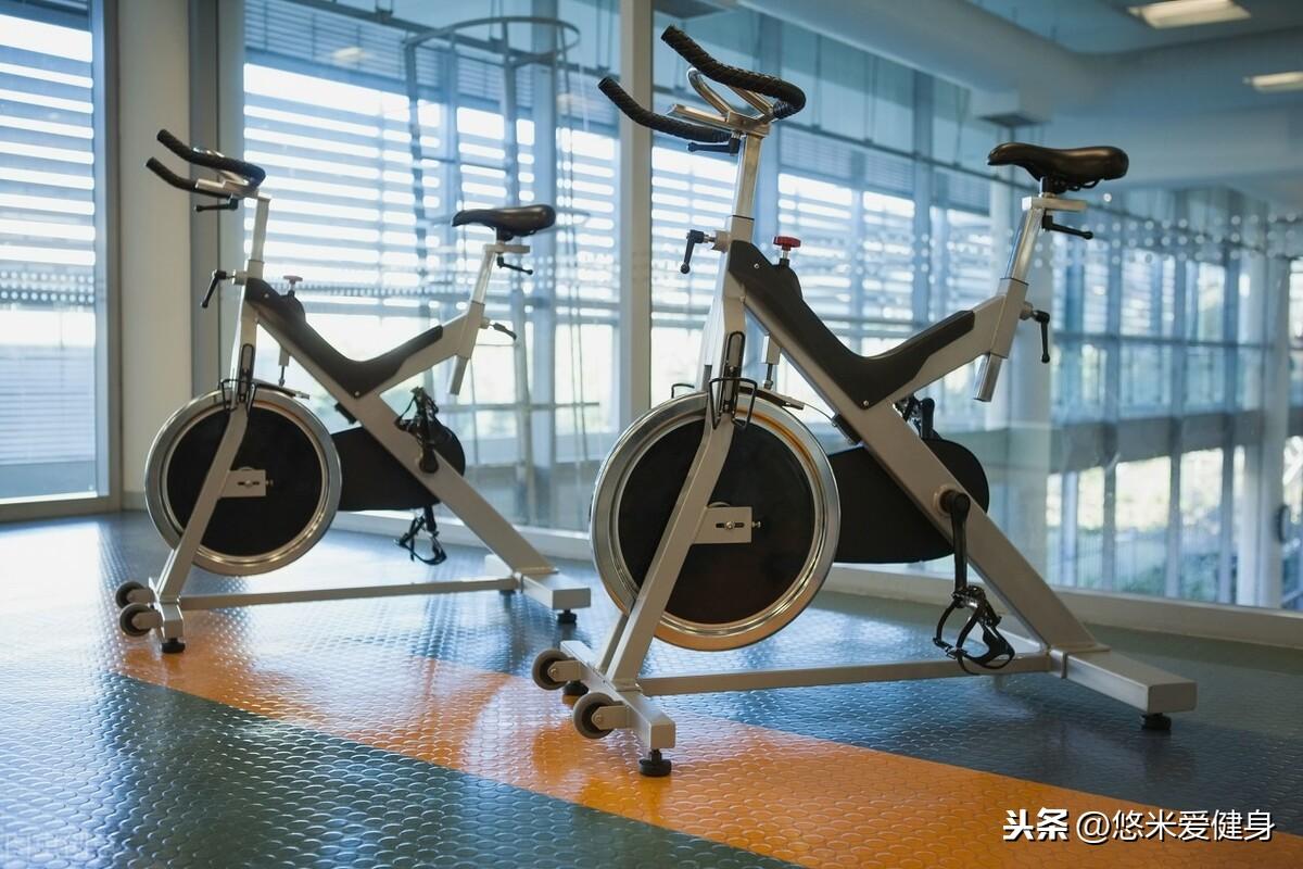 家庭健身房搭配5种器械,不用占据太大空间,在家也能轻松锻炼