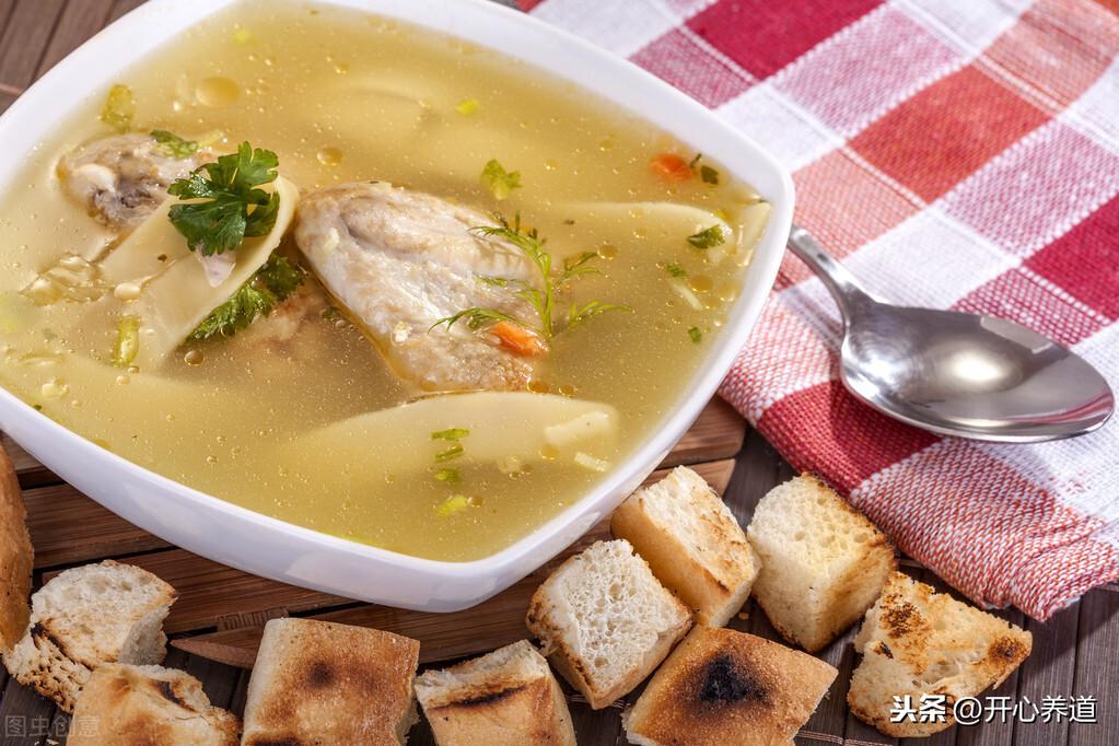 鸡汤怎么炖好喝又营养,掌握这三个小技巧就够了