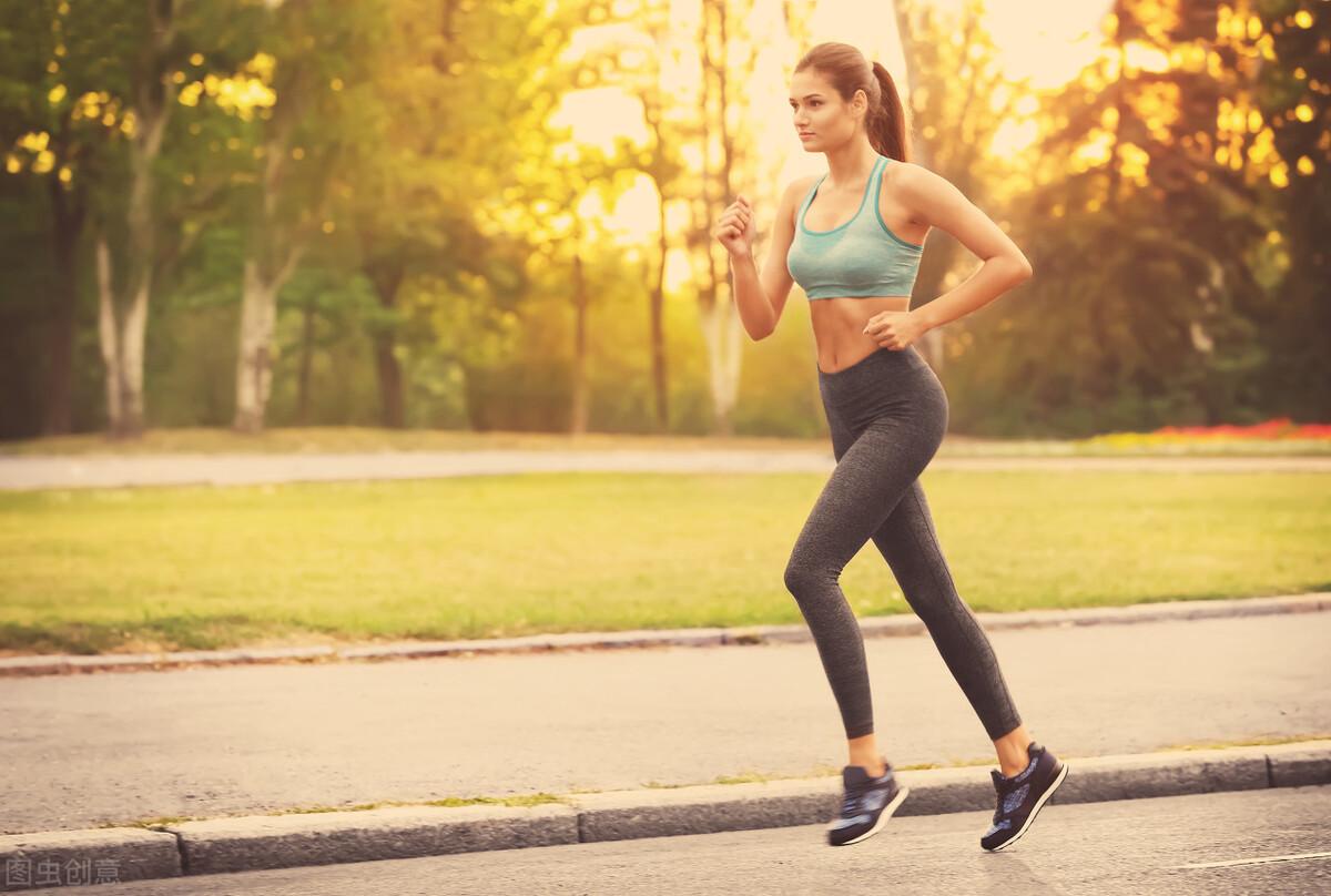 科学跑步的方法,牢记这3点,强化体能耐力,促进身体燃脂