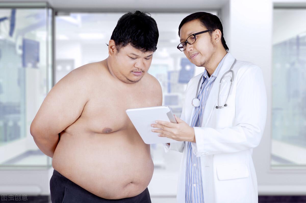 为啥有人狂吃不胖,有人喝水都胖?老中医说,这两者都有脾胃问题