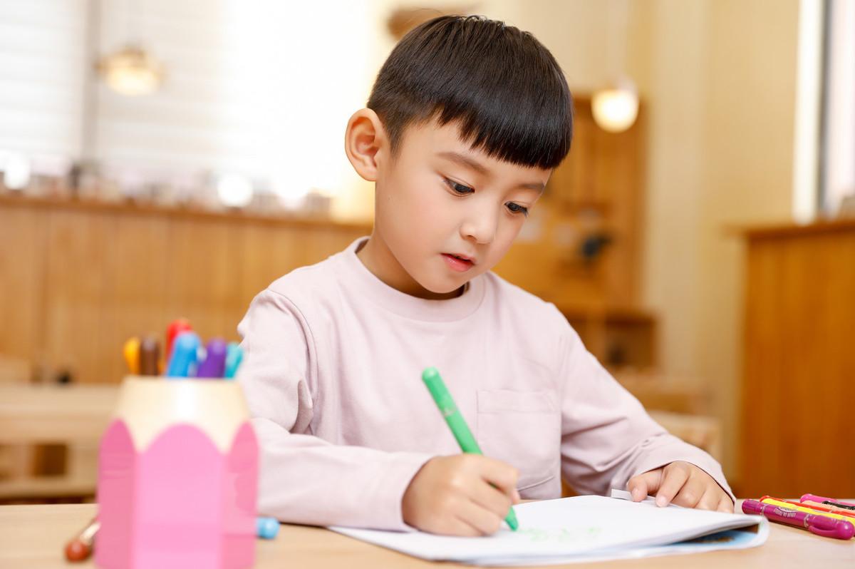 作為幼兒家庭,如何通過家庭教育有效促進幼兒更好成長
