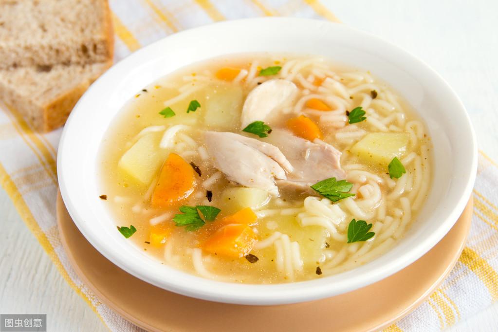 煲汤该如何选择器皿4种器皿总能做出你想要的汤