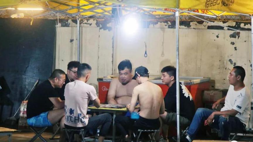 馋死北京人的天津地摊夜市