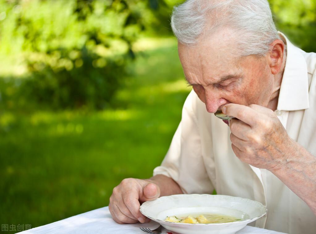 """老年人""""食补"""",常犯2个错误,不妨听听专家的建议,少走弯路"""