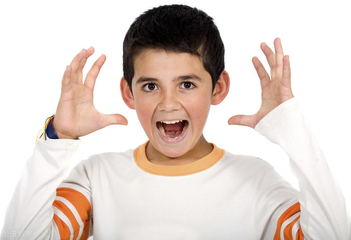 孩子玩手机恐惧游戏,吓得不敢睡,其实背后是你没感知真相