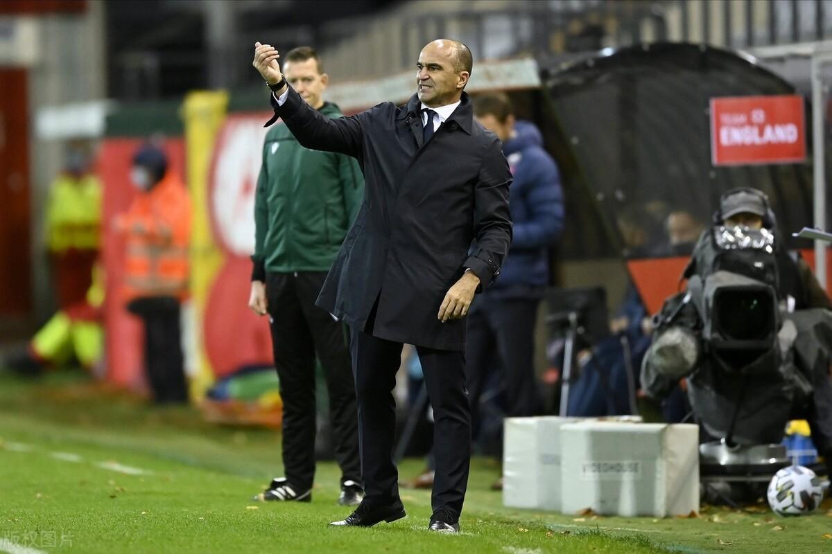 马丁内斯:对球队的防守和专注感到满意,比利时现在的氛围很好