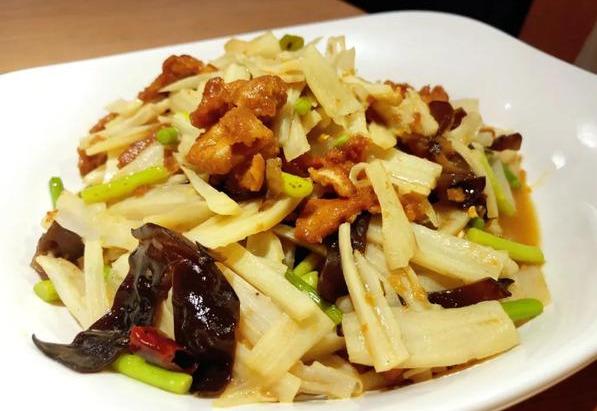 安西都小吃坊,小笼包、蒸饺、卤面、菜盒好吃的美味应有尽有