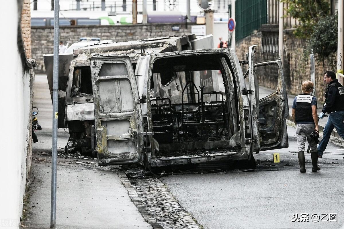 时隔11年法国运钞车再次被劫,900万欧元被盗,安保无人受伤
