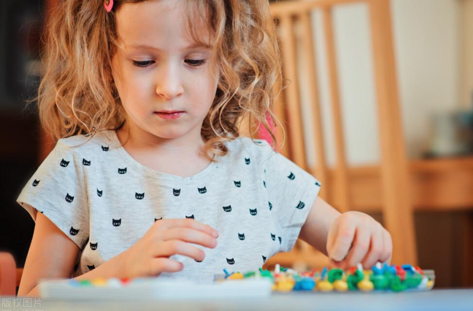 懂得跟孩子沟通的两种语气,正确培养孩子的情商、气质