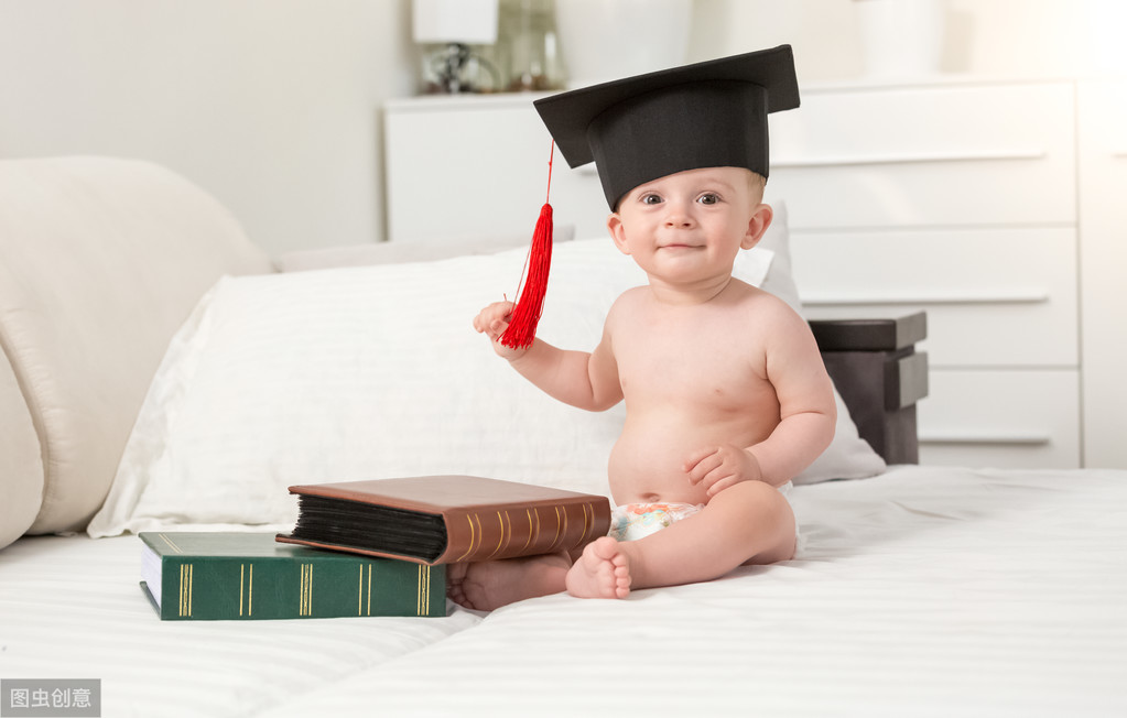 宝宝不够聪明,是因为右脑开发少,这些关键因素还影响大脑发育