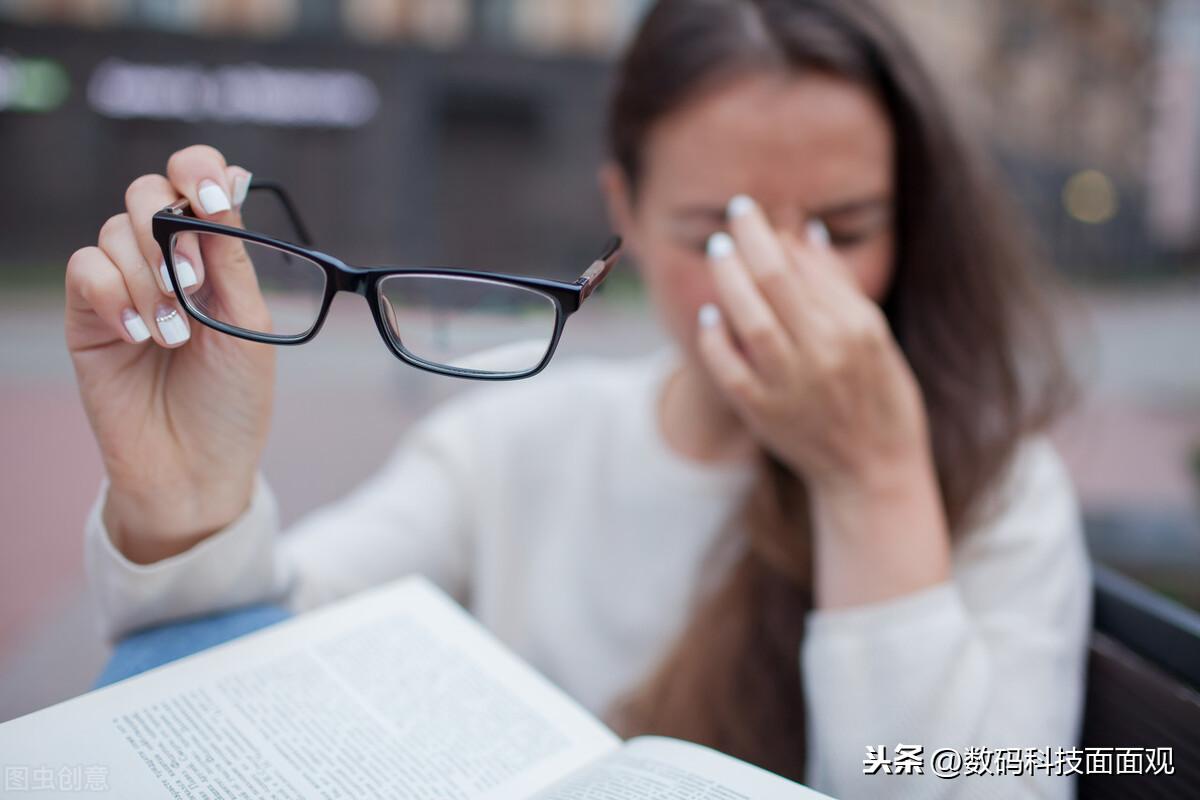 第二代彩色墨水屏手机震撼来袭,主打护眼阅读,随身图书馆