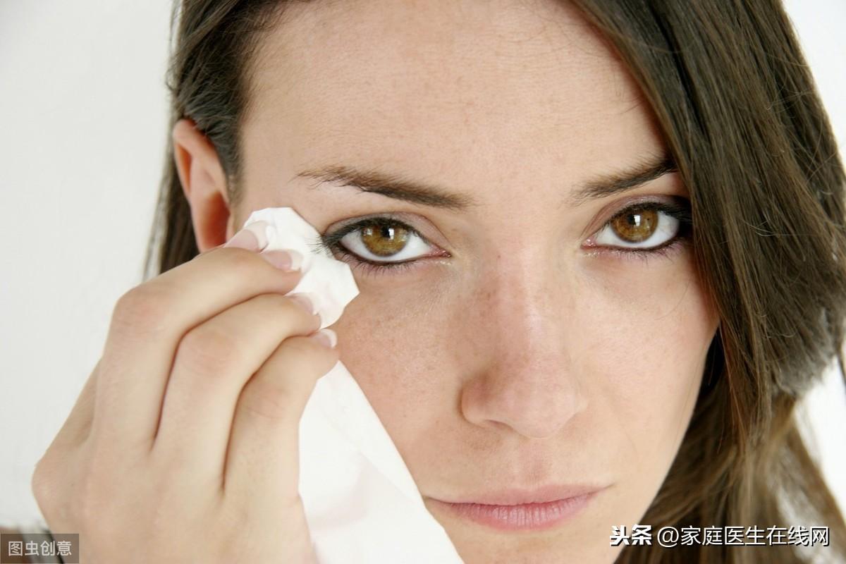 为什么眼睛总是流泪?原因有这4个,其中2个与疾病有关