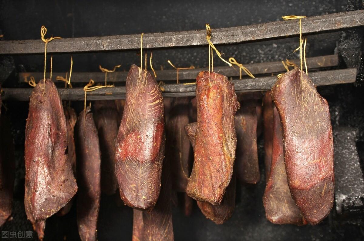 餐桌上,常吃这些食物,肝癌的发病率会上升