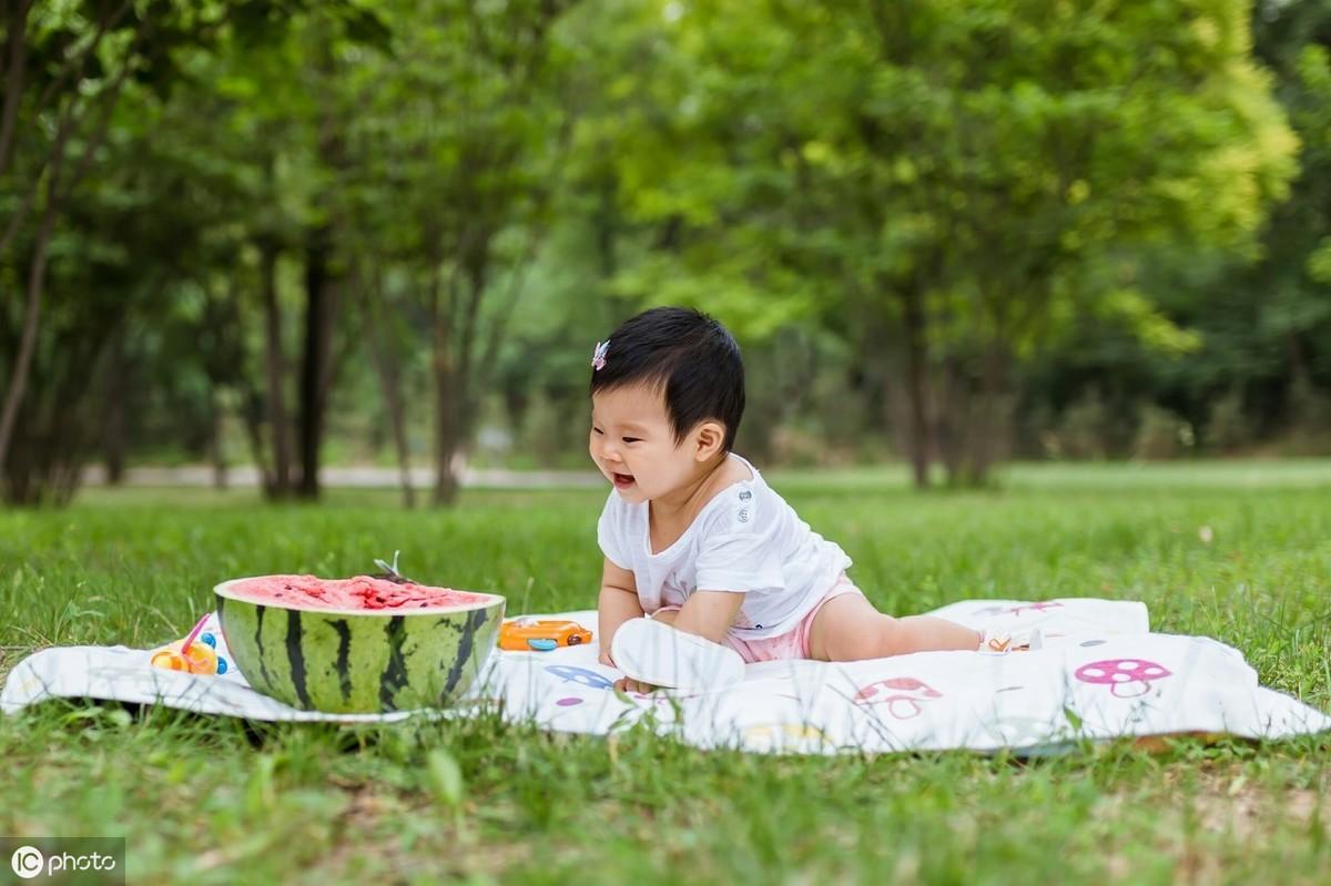 9个月宝宝身高体重标准表及早期教育方案