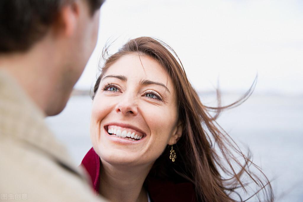 婚姻中的女人,该不该有异性知己?这几个过来人的实话