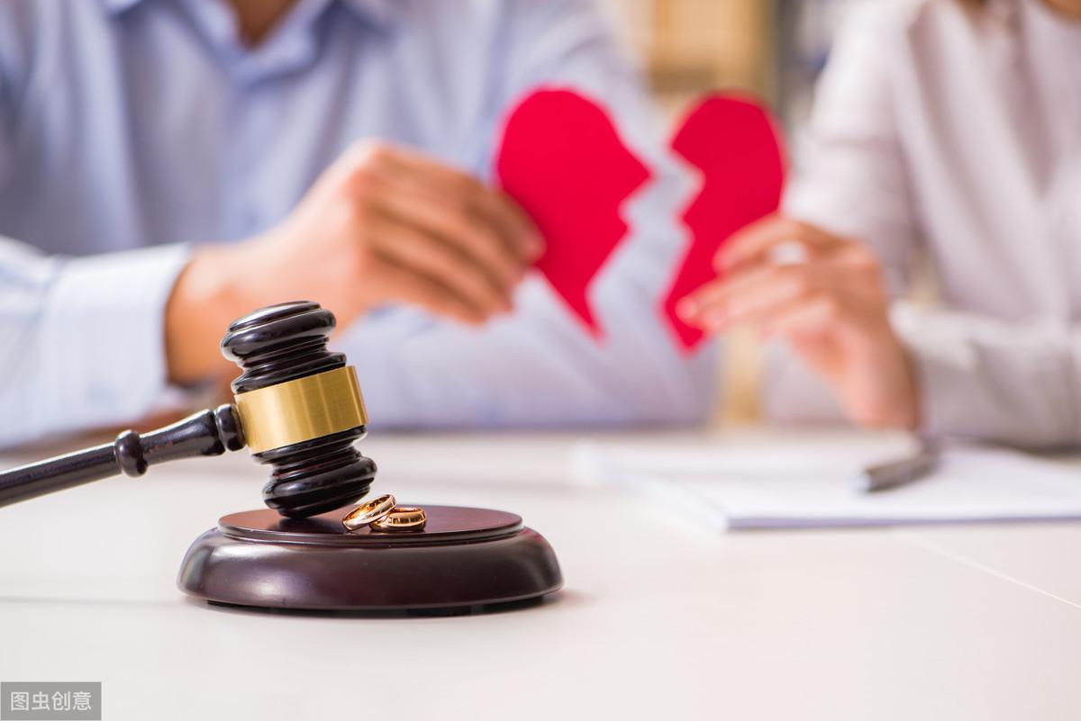 要离婚 先结婚?被前妻忽悠补办结婚证后,他又被威胁重婚,到底该咋办?