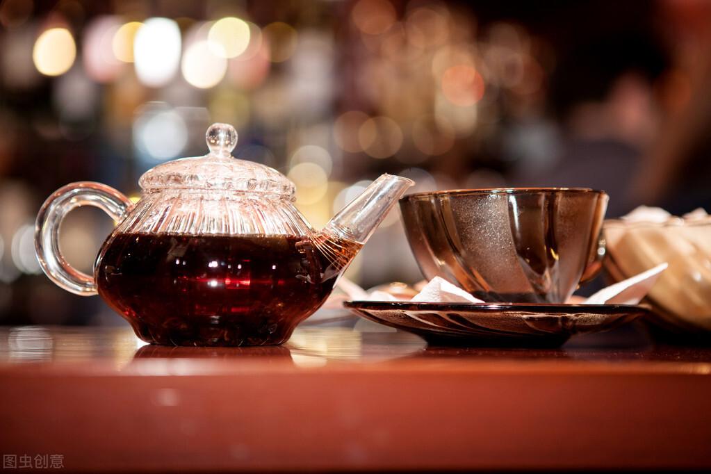 喝茶时,如果不注意这几点,对身体健康弊大于利,应该尽早改正!