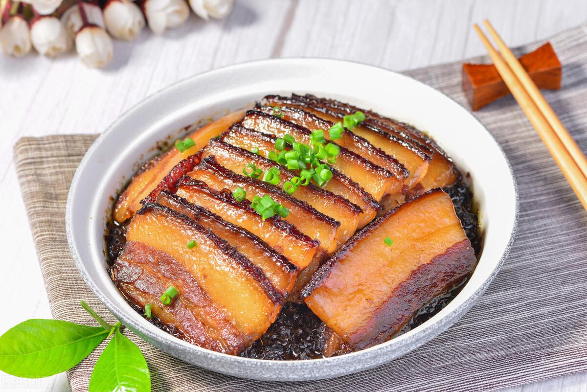 梅菜扣肉好吃有技巧,教你地道做法,肥而不膩,入口即化