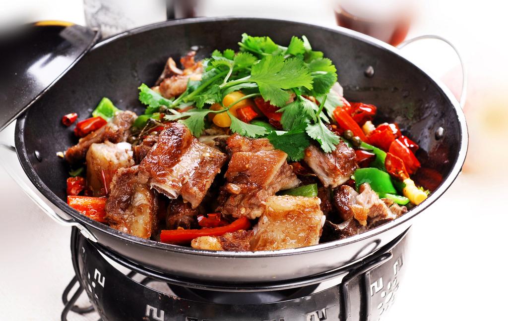 干锅的做法 让人垂涎欲滴的干锅做法