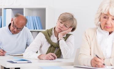 健康养生:老年人总是嗜睡,原因出在哪?
