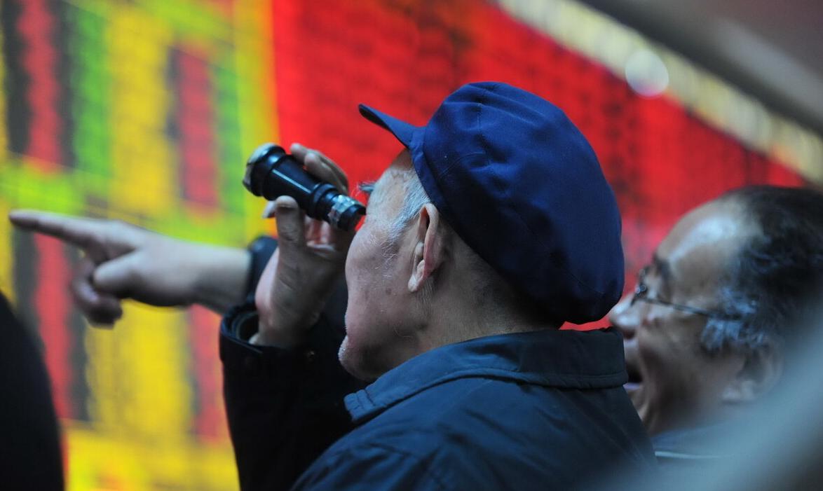 巴菲特向投资者建议,千万不要有炒股心理。为什么