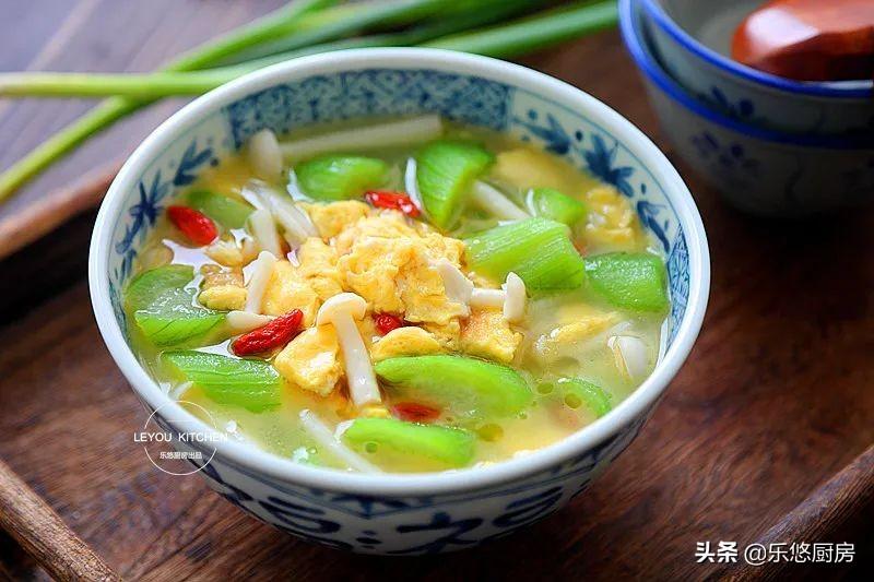 7月多喝这碗汤,鲜美又消暑,每次做都一点不剩