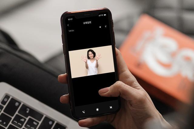 小米生态链又推新产品,内嵌监控摄像头 人体传感器!网民:买就正确了
