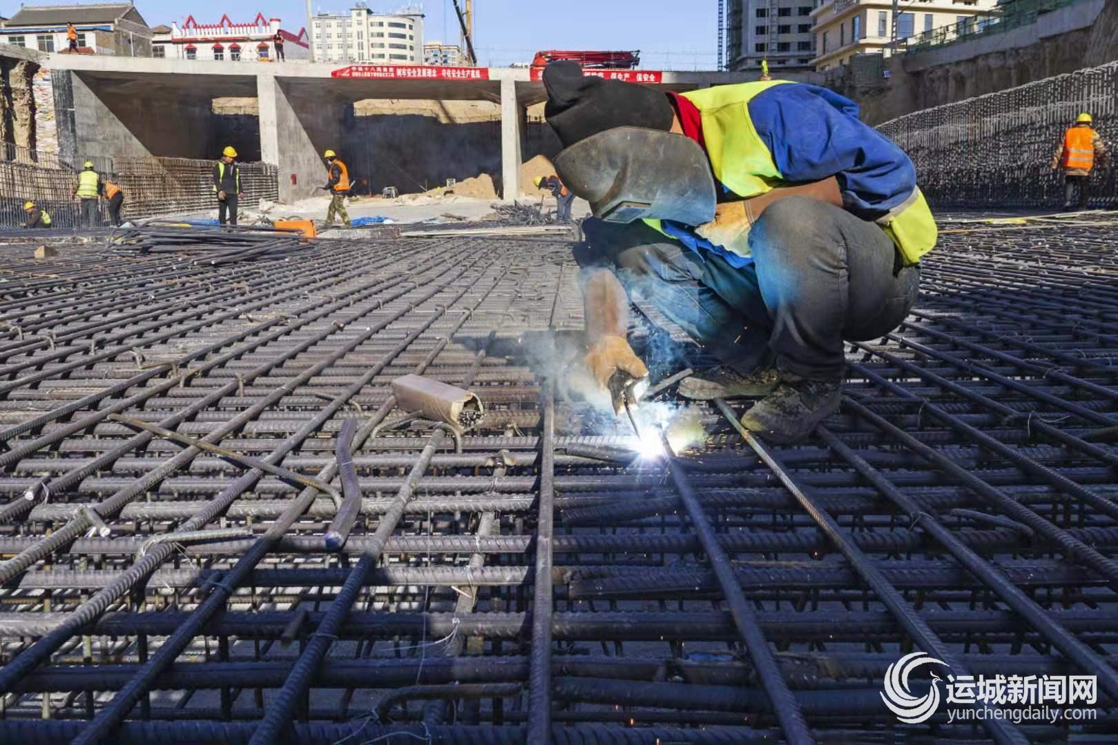 运城|人民路下穿铁路立交桥已完成桥梁顶进作业 预计春节前主车道具备通车条件