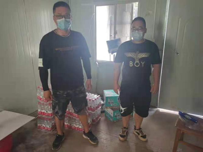 南京江宁朝阳社区:疫情防控共聚力 爱心捐赠暖人心