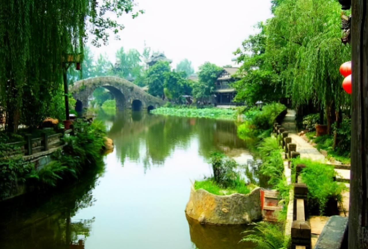 2021五一热门旅游景点中国这座良心古城坐落在四川,两千年坚持不收费,来过吗?