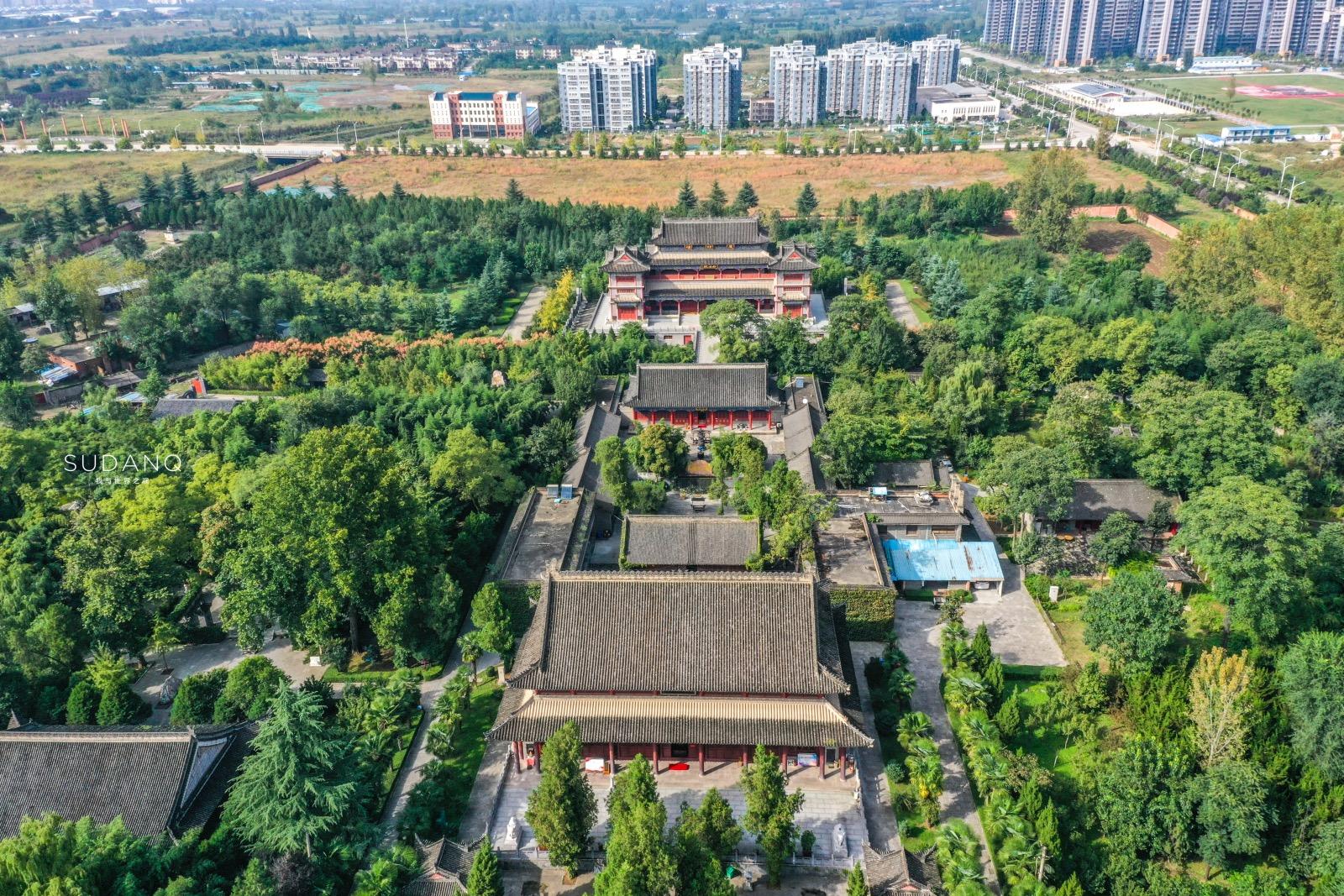西安草堂寺,神秘宝塔引人围观,中国首个译经大师的舌头供奉其中