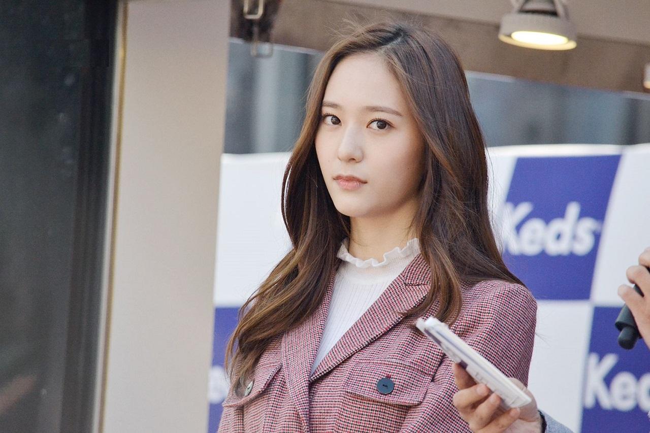 郑秀晶离开SM娱乐,与新公司签订专属合约