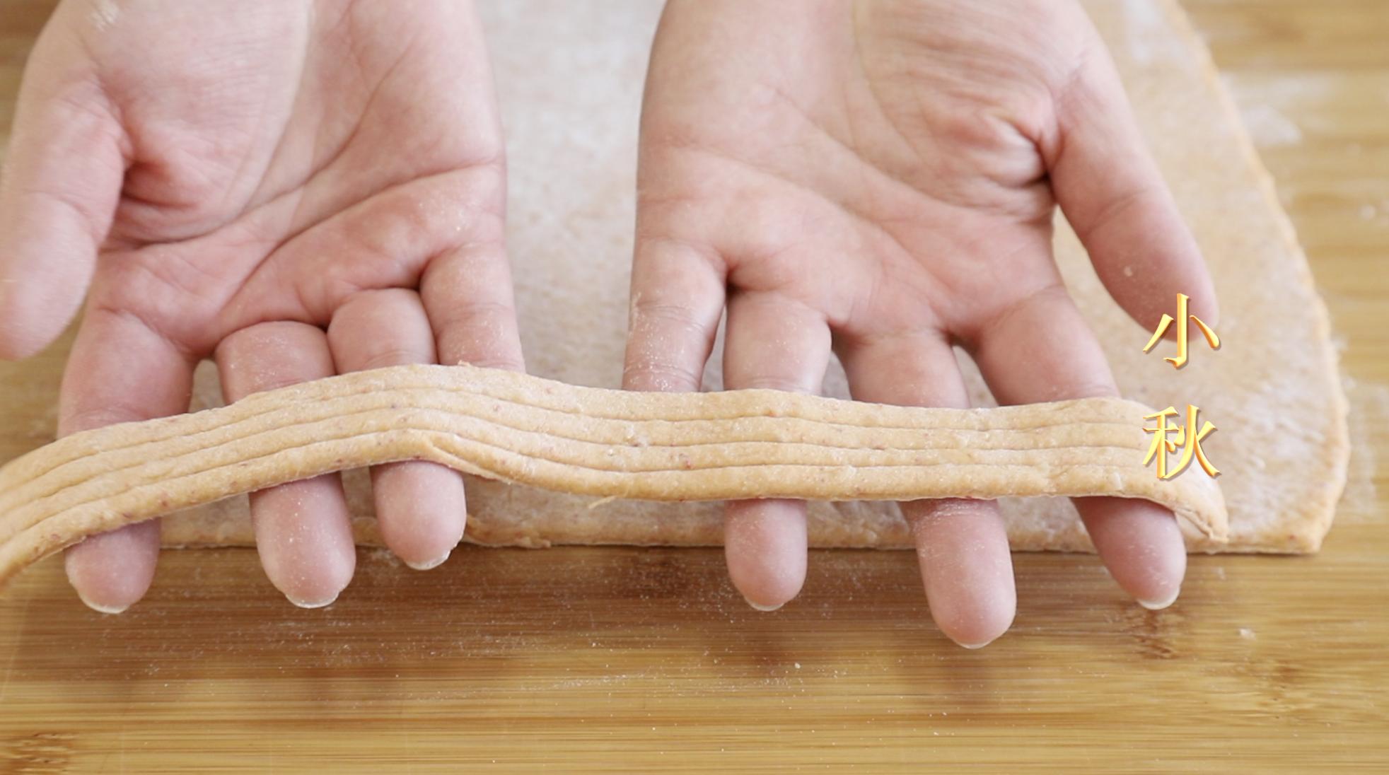 爱吃辣条的有福了,教你在家用剩米饭就能做,麻辣好吃无添加 美食做法 第6张
