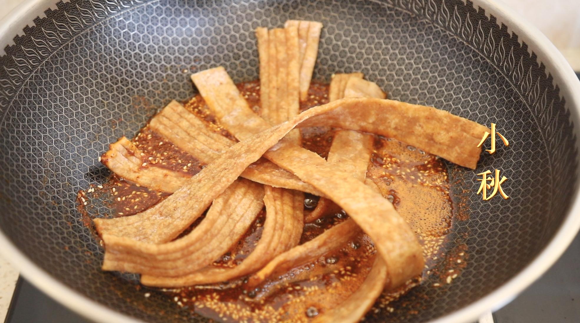 爱吃辣条的有福了,教你在家用剩米饭就能做,麻辣好吃无添加 美食做法 第9张