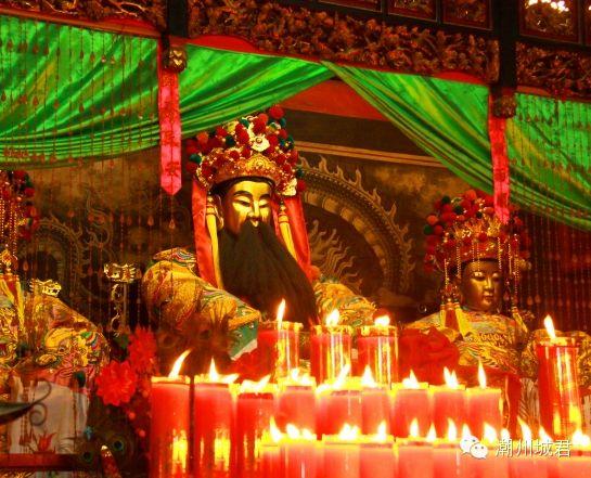 曾祥裕考察潮州青龙古庙  对民间崇拜安济圣王这一文化现象作风水层面的解读