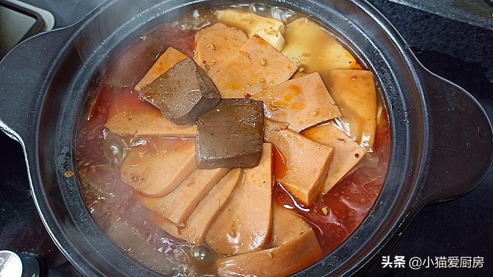 """天冷了,这道""""麻辣血旺""""做来吃,太过瘾,汤汁拌饭都能吃2碗"""