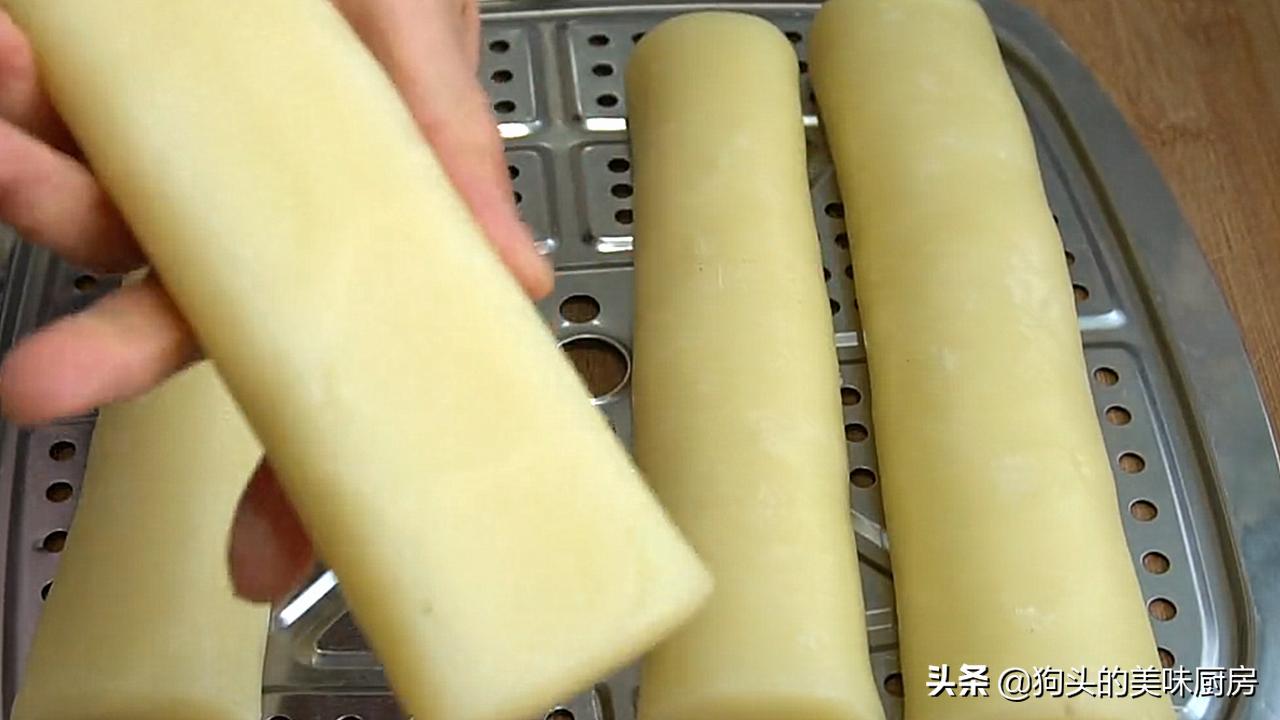 想吃薯片不要买了,用4个土豆做一锅,20秒出锅,放一个星期还脆 美食做法 第10张