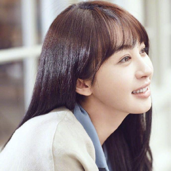 黄晓明退出浪姐2,获赞121万,最大赢家却是前女友李菲儿