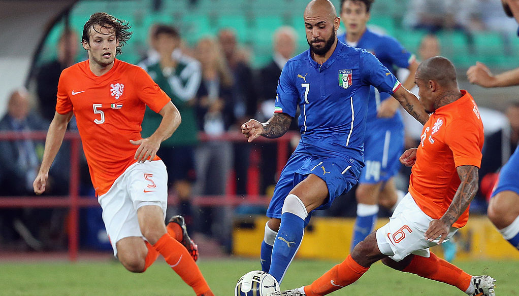 荷兰vs意大利:意式防守对上全攻全守,谁更胜一筹?