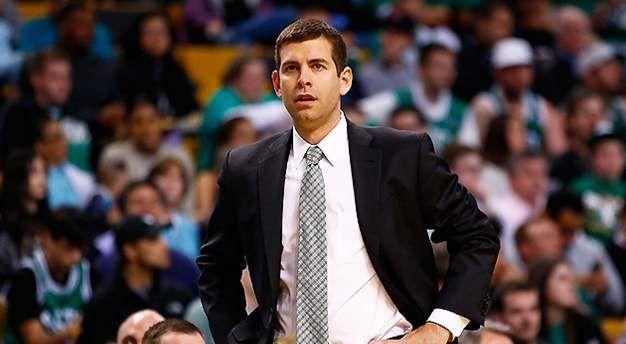 NBA的教練都是什麼出身?有球員出身,有錄像分析師出身,而綠軍少帥則很勵志!