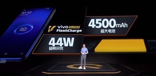 2020年最新爆款超高性价比手机:iQOO Neo3,硬核科技你值得拥有